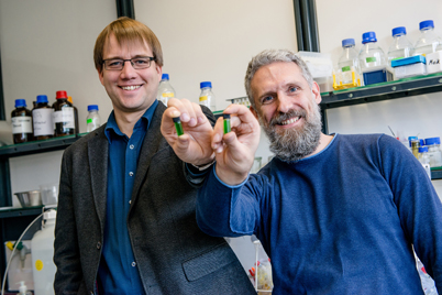 Biocatalyst Researchers -- Figure 1. Robert Kourist (left) and Marc Nowaczyk have coupled oxidoreductases with natural photosynthesis. Source: Ruhr University Bochum.