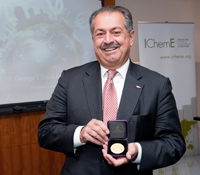 Andrew Liveris, chairman and CEO of Dow Chemical, foresees a revolution in advanced manufacturing and exhorts chemical engineers to play a key role in it.